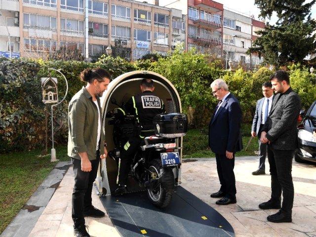 Antalya Valiliğine yerli ve milli hediye motokabin