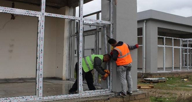 Gazipaşa Kültür Merkezi inşaatında sona doğru