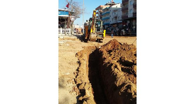 Serik'te içme suyu hattı yenilendi