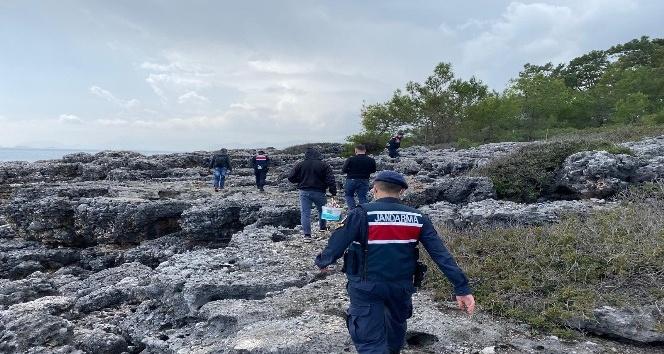 Antalya'da jandarma ekipleri sahilleri denetledi