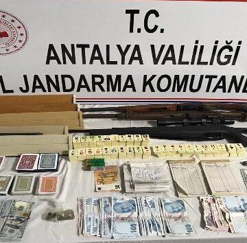 Antalya'da kumar baskına 160 bin TL para cezası