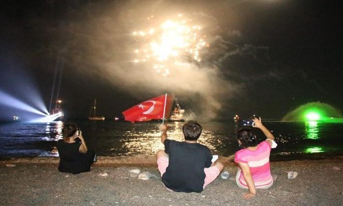 Antalya'da karada, denizde ve havada 30 Ağustos Zafer Bayramı coşkusu