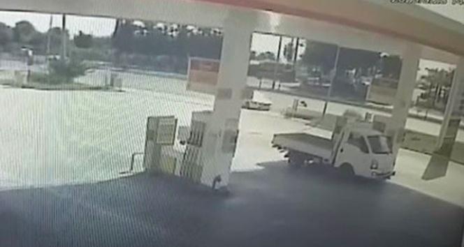 Otomobilin çarptığı 9 yaşındaki Kazakistanlı çocuk öldü