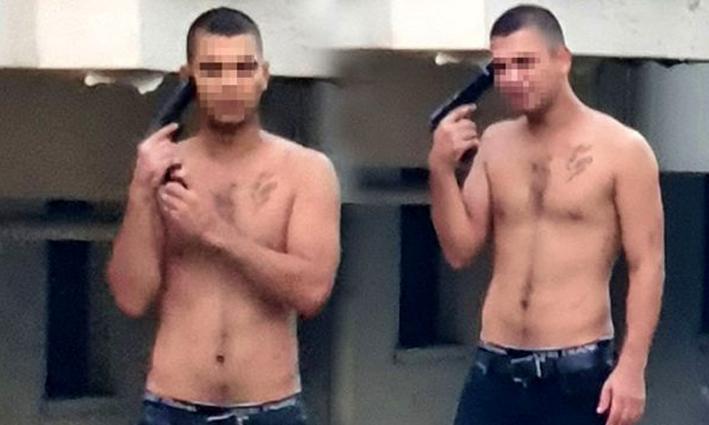 Alanya'da bunalıma giren genç kafasına silah dayadı