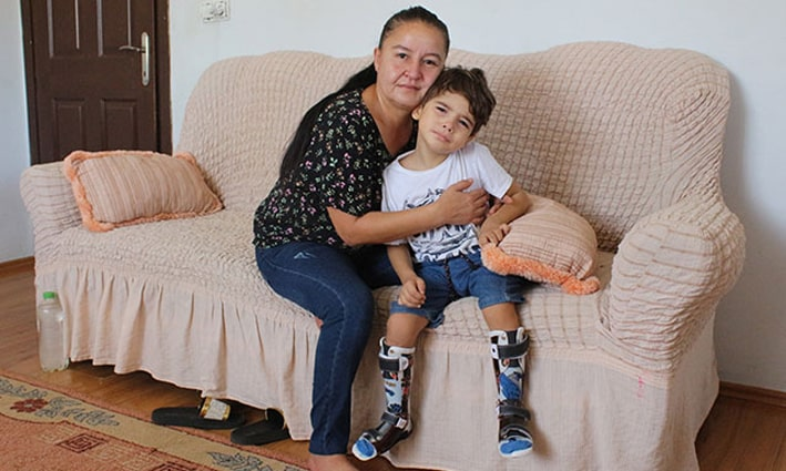 Serebral palsili Halil Efe'nin annesi: Yaşıtları gibi koşsun, oynasın istiyorum