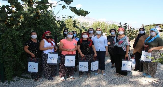 Büyükşehir'den Dünya Kadın Çiftçiler Günü kutlaması
