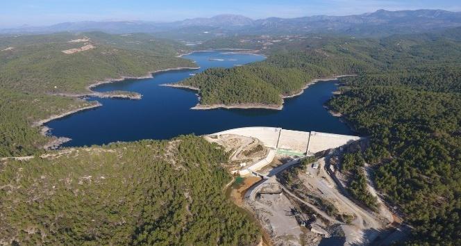 Antalya'da bu yıl 528 bin 580 dekar tarım arazisi sulandı