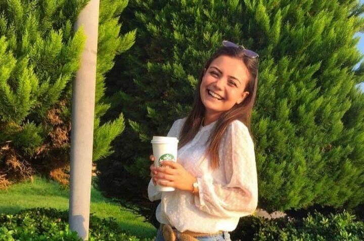 Otomobil ile çarpışan motosiklette genç kız öldü