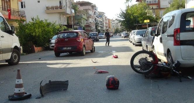 Manavgat'ta motosiklet kazası: 2 yaralı