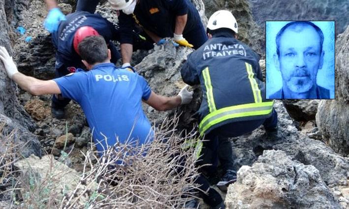 Falezlerde 300 kilogramlık kayanın altında feci ölüm