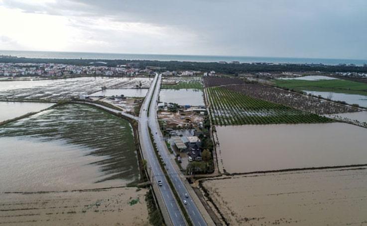 Antalya'da selin zararı büyük