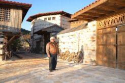 """800 yıllık tarihiyle turistlerin ilgi odağı olan """"düğmeli evler"""" restore edilerek turizme kazandırılıyor"""