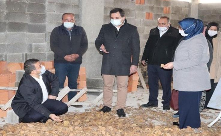 Yangında evleri tamamen kül olan aileye 41 bin TL destek sağlandı
