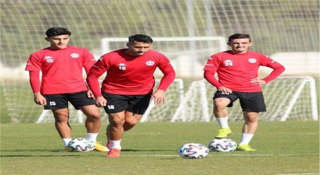 Antalyaspor ile Atakaş Hatayspor 13. randevuda