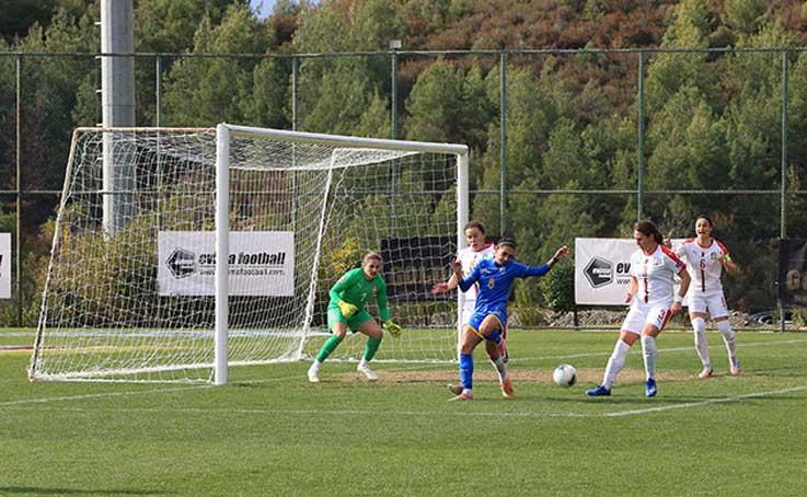 Kadın Milli Takımları Futbol Turnuvası'nda Sırbistan ile Ukrayna berabere kaldı