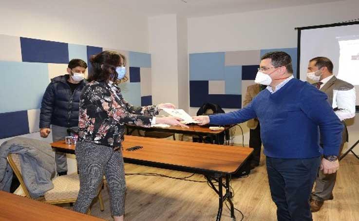 Kepez Belediyesinin Yabancı Diller Akademisi'nin 3. dönem eğitimleri başlıyor