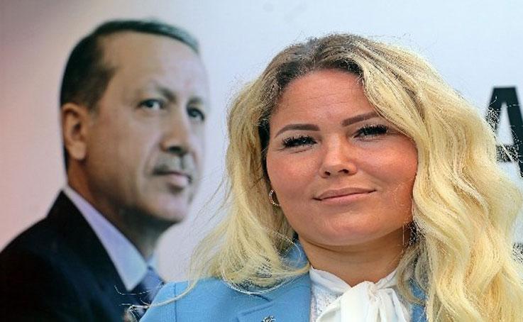Cumhurbaşkanı Erdoğan hayranı Rus gelin, üye olarak girdiği AK Parti'de Halkla İlişkiler Başkanı oldu