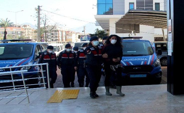 Kaçak barakası yıkılınca pompalı tüfekle baskın yapan kadın tutuklandı