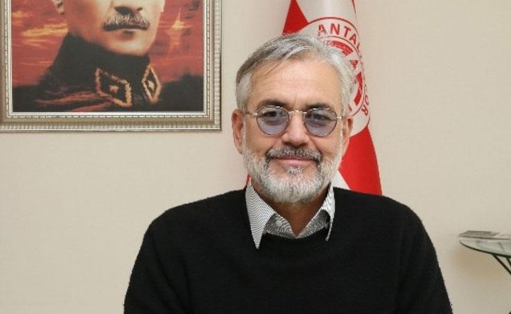 Antalyaspor A.Ş. Başkanı Emin Hesapcıoğlu görevini bıraktı