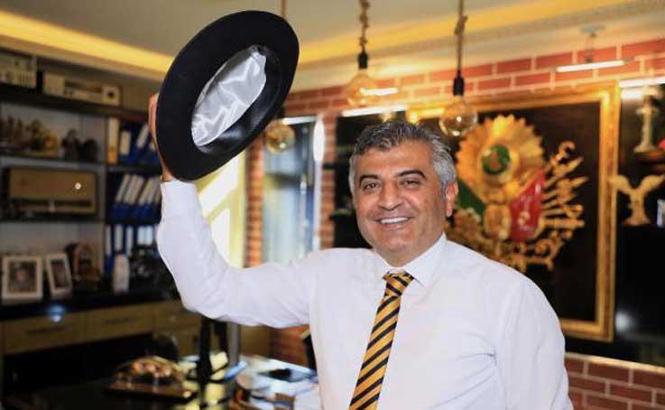 Haczettirdiği Süleyman Demirel'in şapkasını, değerini verene satacak