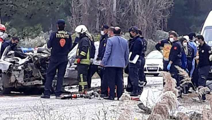 Fethiye'de otomobil, TIR'ın altına girdi: 5 ölü