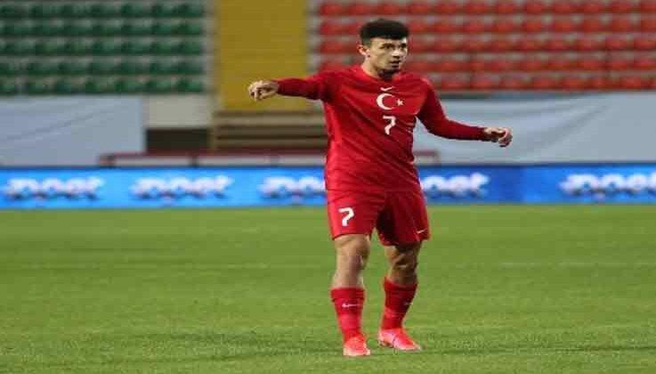Antalyaspor'un genç yıldızı Gökdeniz Bayrakdar 6 hafta yok