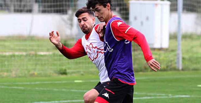 Antalyaspor iç saha serisini 8'e çıkarmak istiyor
