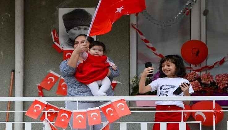 Muratpaşa'dan 23 Nisan konvoyu