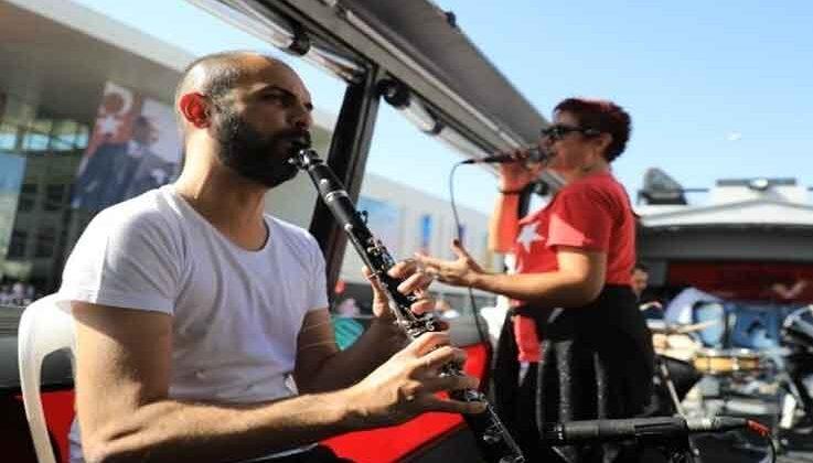 Antalya'da Ramazan'a özel mobil konserler