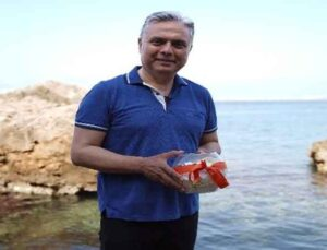 Uysal, Muratpaşalıların dileklerini Akdeniz'le buluşturdu