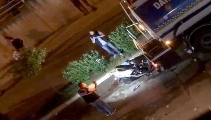 Sulama tankerine çarpan motosikletli genç hayatını kaybetti