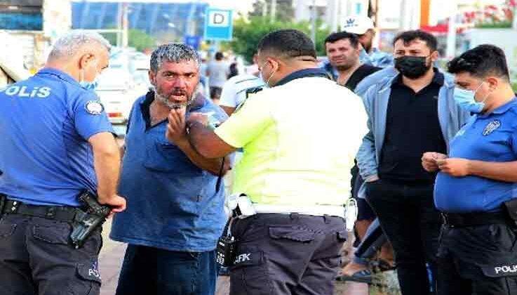 Alkollü sürücü hem kaza yaptı, hem de alkolmetreyi üflemeyip gazetecilerden kaçtı