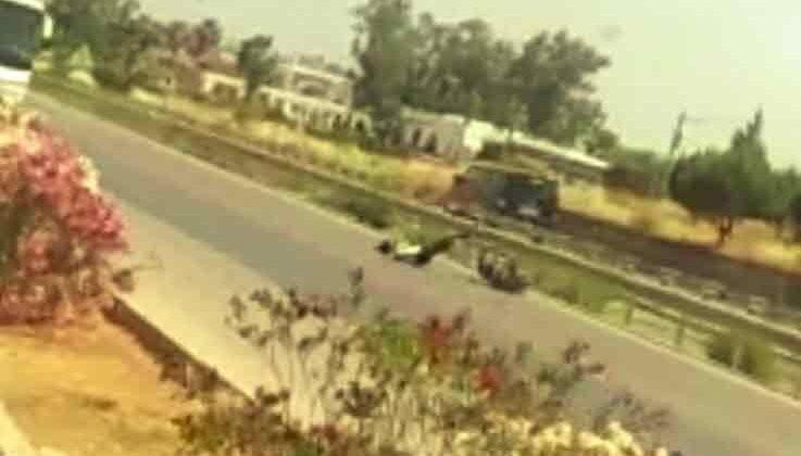 Çalıntı motosikletle trafiği birbirine kattı, ters yöne girip kaza yaptı