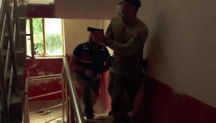Antalya'da 'kasırga' operasyonunda gözaltına alınan şüphelilerden 22'si adliyeye sevk edildi