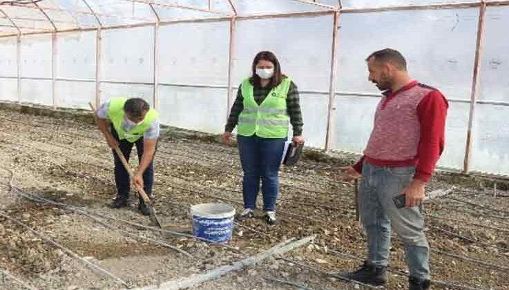 Çiftçiye ücretsiz toprak analizi desteği