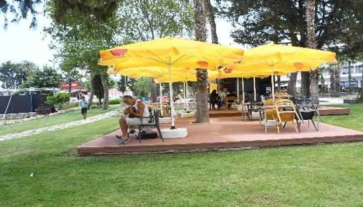 Mustafa Ertuğrul Aker Parkı'nda çevre düzenlemesi