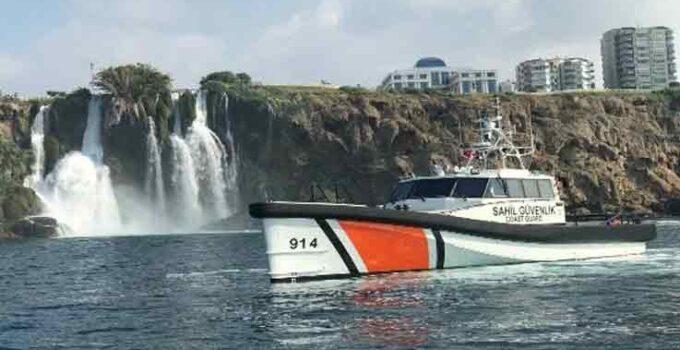 Finike'de yeni sahil güvenlik botu hizmete girdi