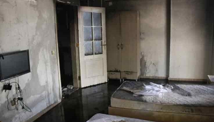 Çamaşır makinesinden çıkan yangın apart daireyi küle çevirdi