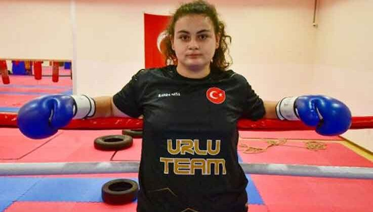 15 yaşındaki Kayra'nın hedefi ağır sıklet dünya şampiyonluğu