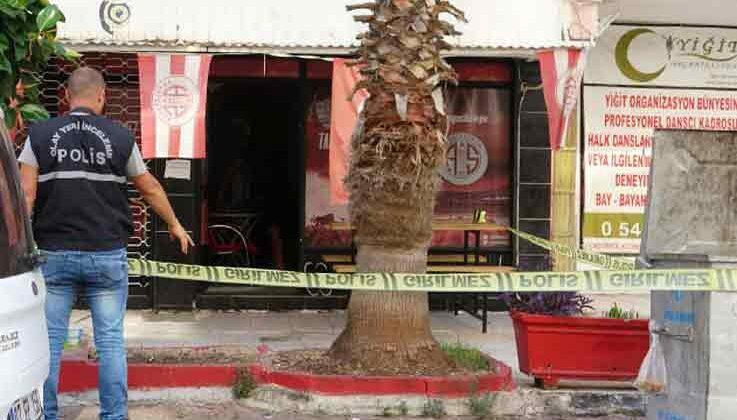 Antalya'da taraftar derneğine tüfekli saldırı