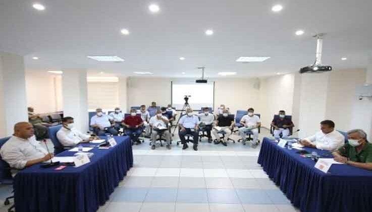 Kaş'ta 97 taşınmazın kira sürelerinin uzatılabilmesi için encümene yetki verildi