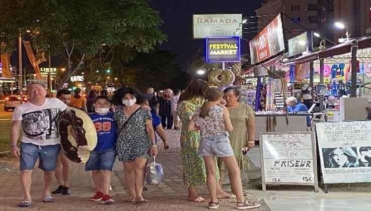 Turizm canlandı, esnafın yüzü gülmeye başladı