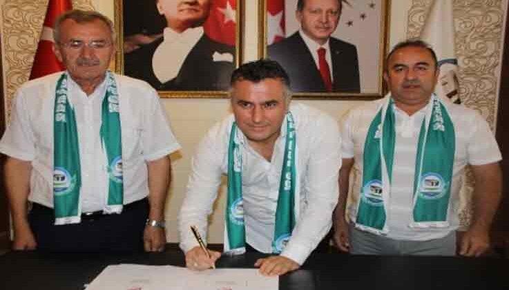 Serik Belediyespor'un yeni teknik direktörü Bülent Akan oldu