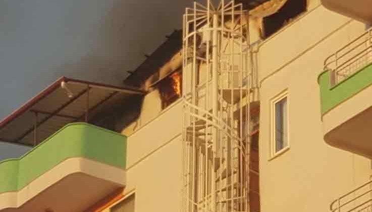 Alanya'da apart otel alev alev yandı