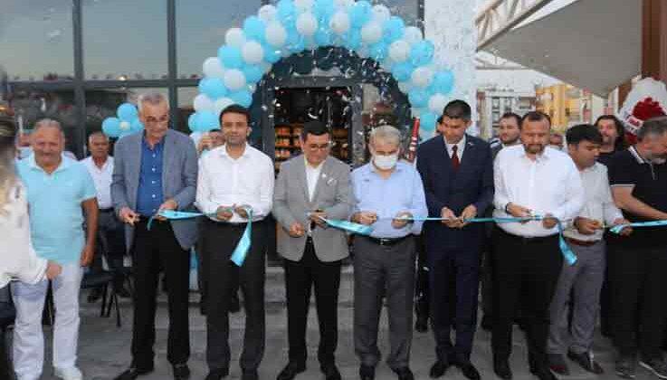 Cem Karaca Gençlik Kütüphanesi açıldı