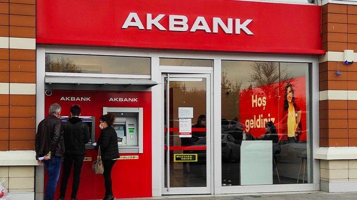 Akbank'ta teknik sorun devam ediyor: Bankadan özür mesajı